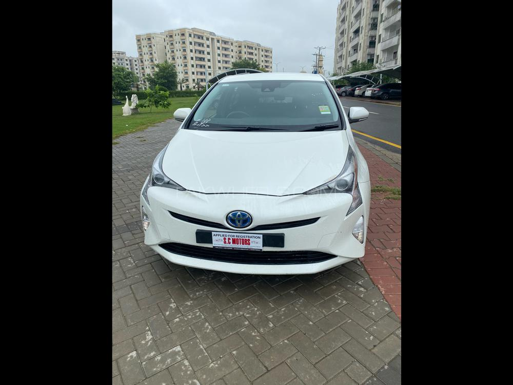 Toyota Prius S Touring Selection 2018 Image-1