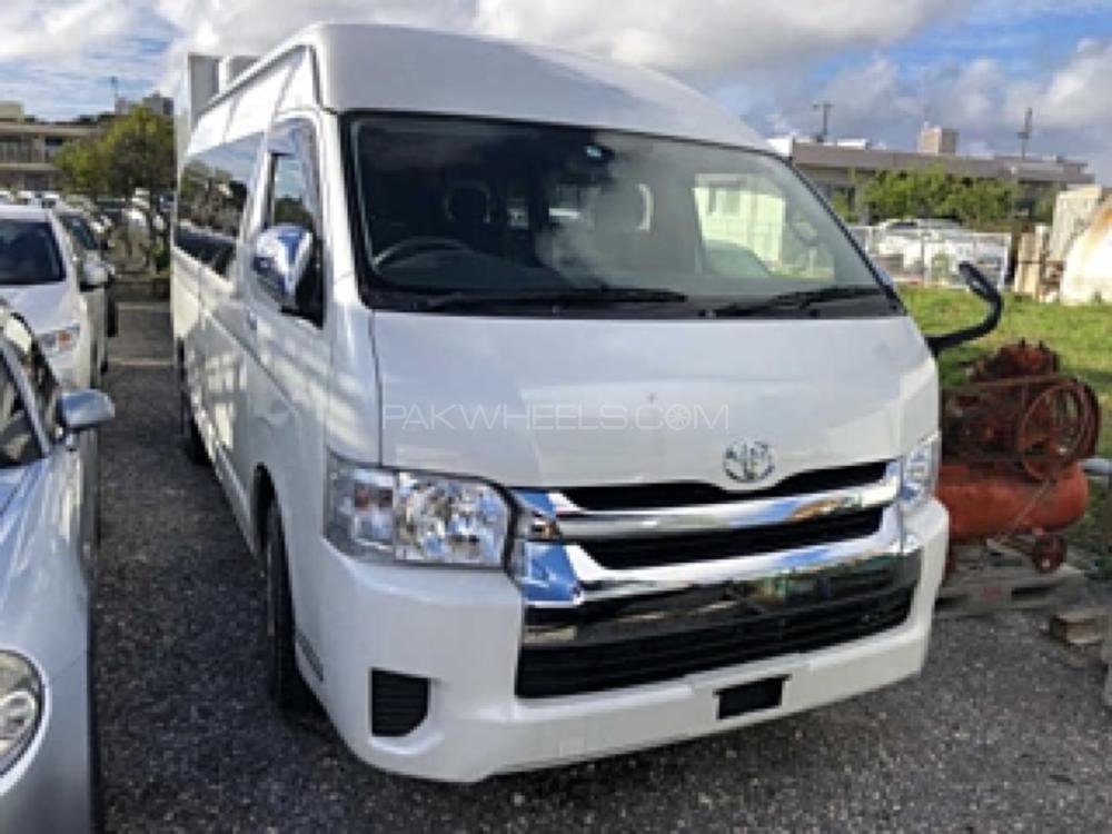Toyota Hiace TRH 224 2017 Image-1