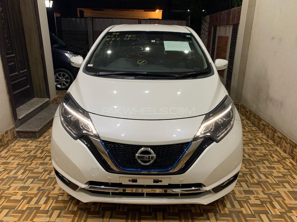 Nissan Note MEDALIST 2018 Image-1