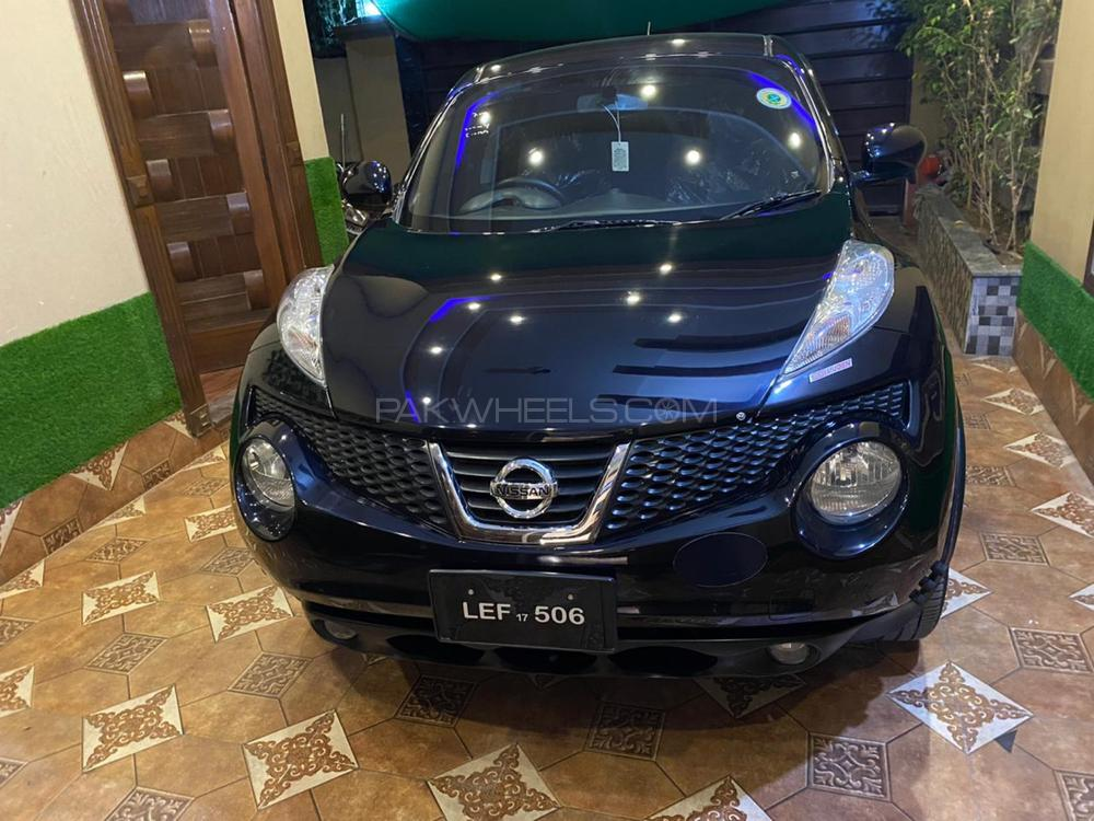 Nissan Juke 15RX Premium Personalize Package 2012 Image-1