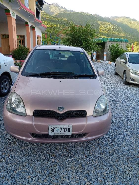 Toyota Vitz F 1.0 2000 Image-1
