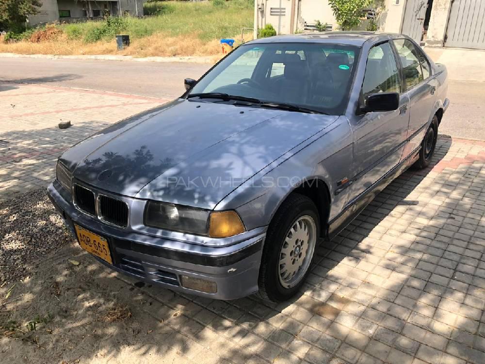 BMW / بی ایم ڈبلیو 3 سیریز 318i 1998 Image-1
