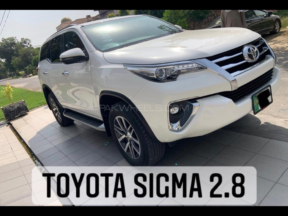 Toyota Fortuner 2018 Image-1