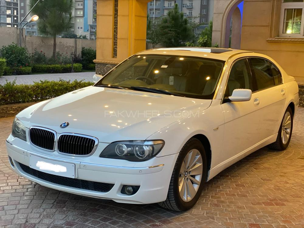 BMW 7 Series 740i 2006 Image-1