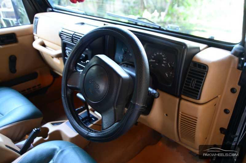 jeep wrangler 1996 for sale in lahore pakwheels. Black Bedroom Furniture Sets. Home Design Ideas