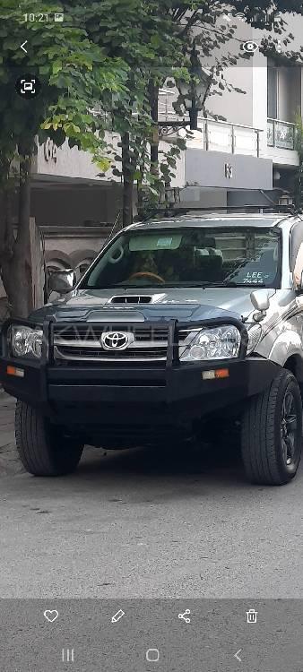 Toyota Hilux D-4D Automatic 2006 Image-1