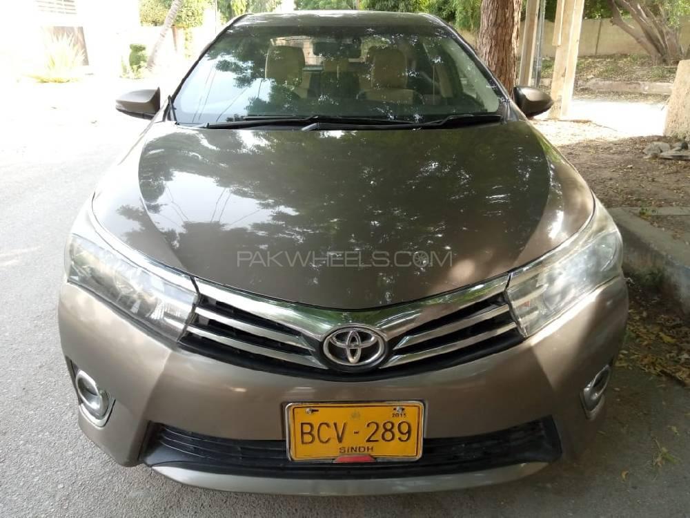 Toyota Corolla Altis SR Cruisetronic 1.8 2014 Image-1