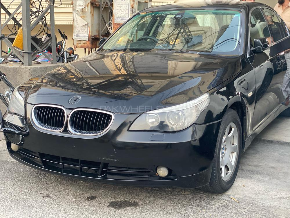 BMW / بی ایم ڈبلیو 5 سیریز 520i 2004 Image-1