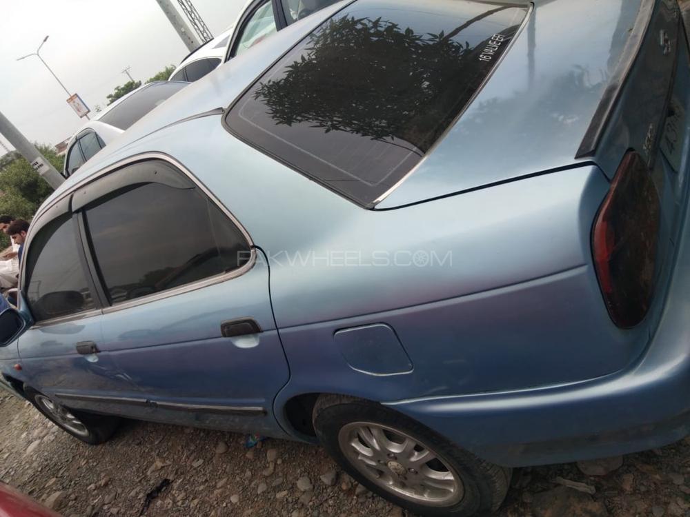 Suzuki Baleno GTi 1.6 2000 Image-1