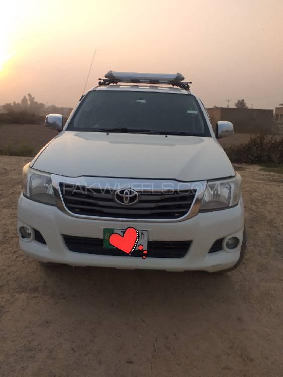 Toyota Hilux Vigo G 2011 Image-1