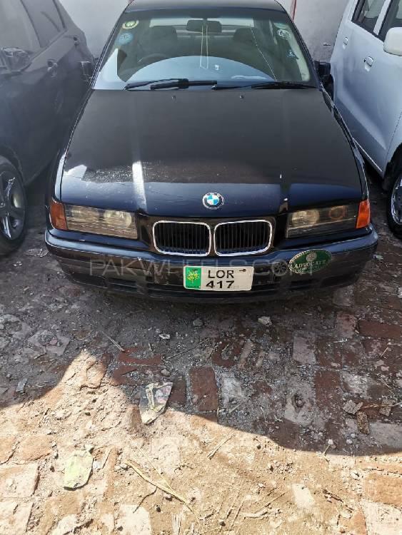 BMW 3 Series 318i 1993 Image-1