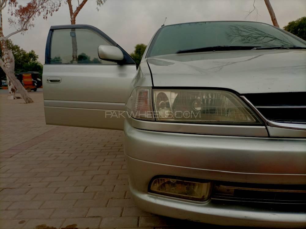 Toyota Carina 1998 Image-1