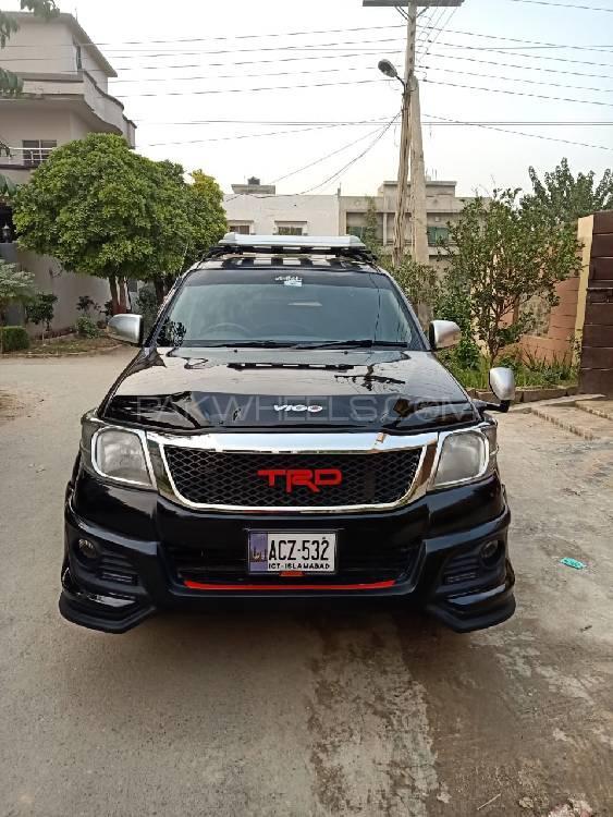 Toyota Hilux Vigo Champ G 2016 Image-1