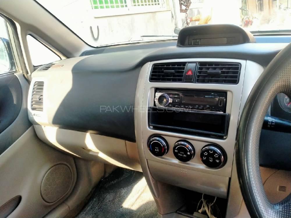 Suzuki Liana LXi 2008 Image-1