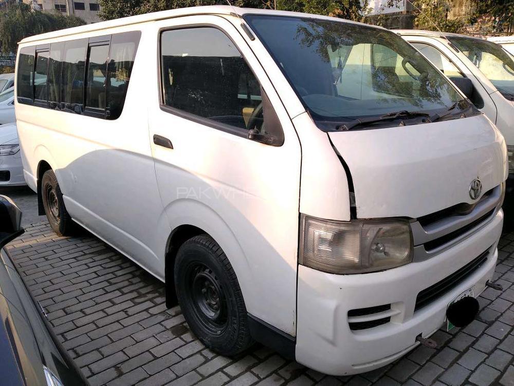 Toyota Hiace 2008 Image-1