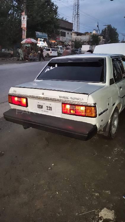 Toyota Corolla SE 1982 Image-1
