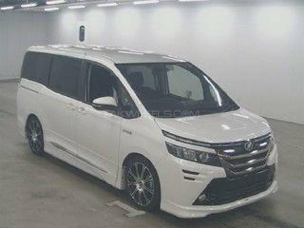 Toyota Voxy ZS GS VERSION EDGE 2014 Image-1