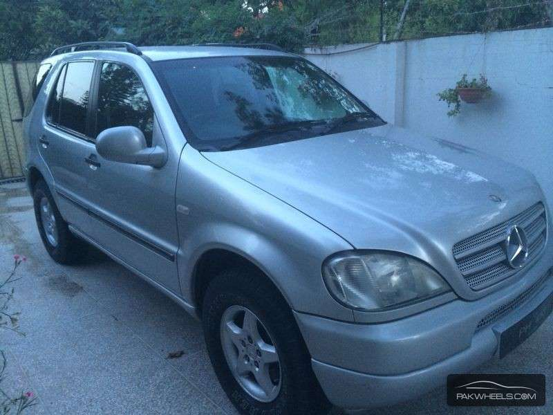 Mercedes benz m class ml 320 2002 for sale in islamabad for Mercedes benz ml 2002