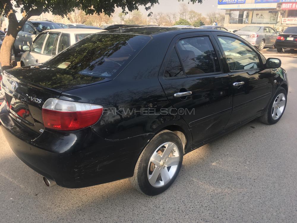 Toyota Vitz RS 1.5 2005 Image-1