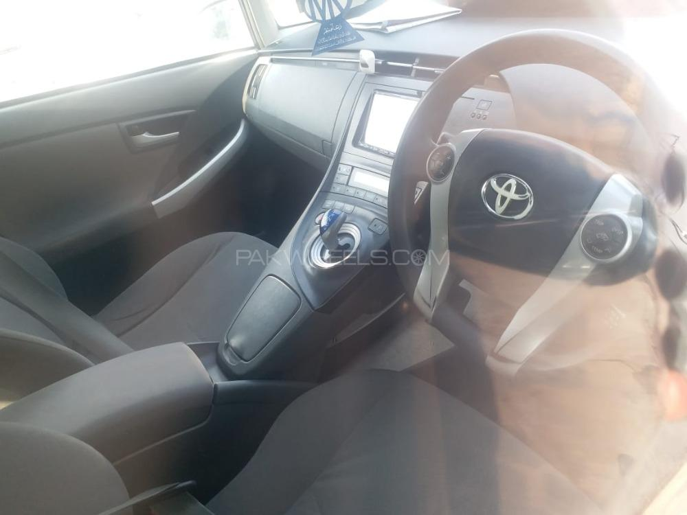 Toyota Prius S LED Edition 1.8 2010 Image-1