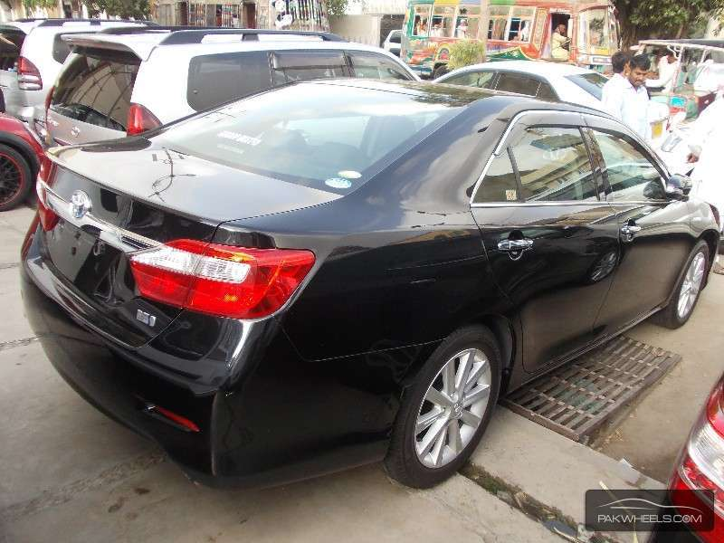 used toyota camry hybrid leather package 2011 car for sale in karachi 885369 pakwheels. Black Bedroom Furniture Sets. Home Design Ideas
