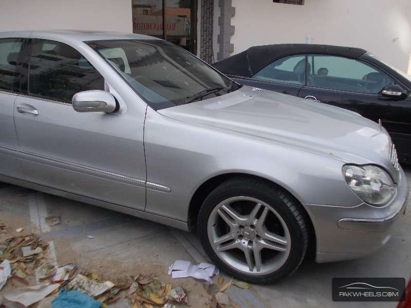 Used mercedes benz s class s 320 2001 car for sale in for Mercedes benz s class used for sale