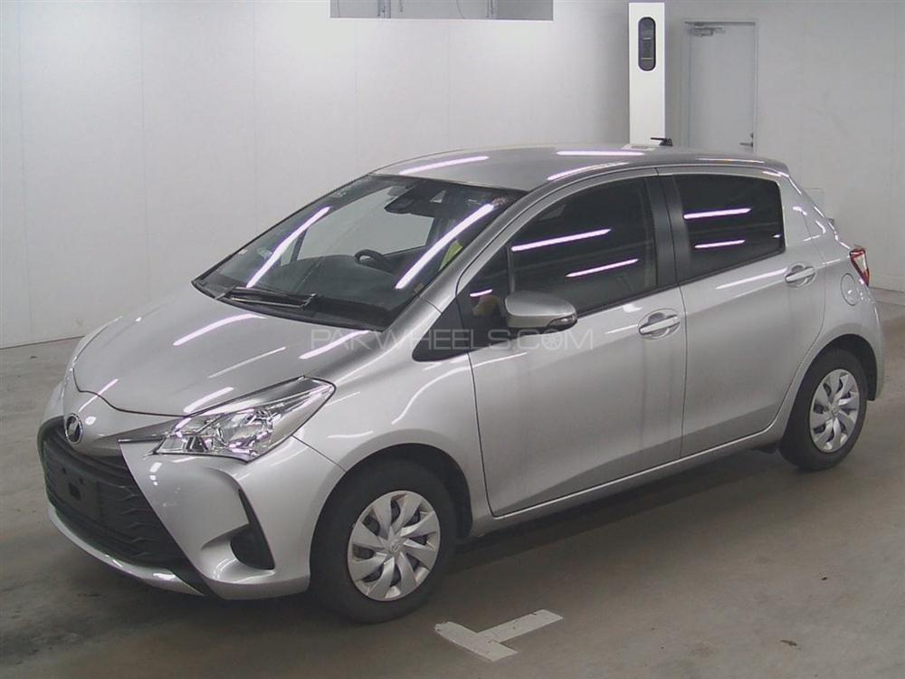 Toyota Vitz F Limited 1.0 2018 Image-1