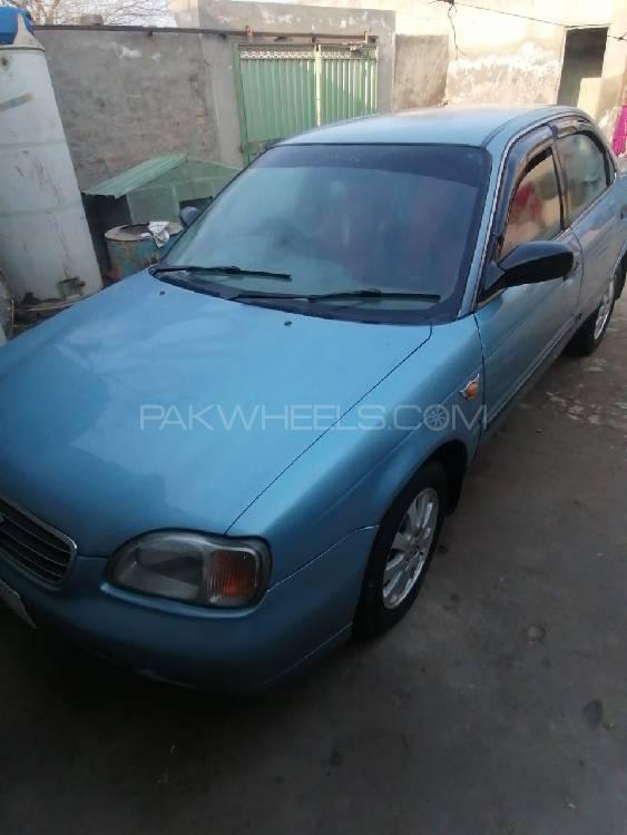 Suzuki Baleno GLi 2002 Image-1