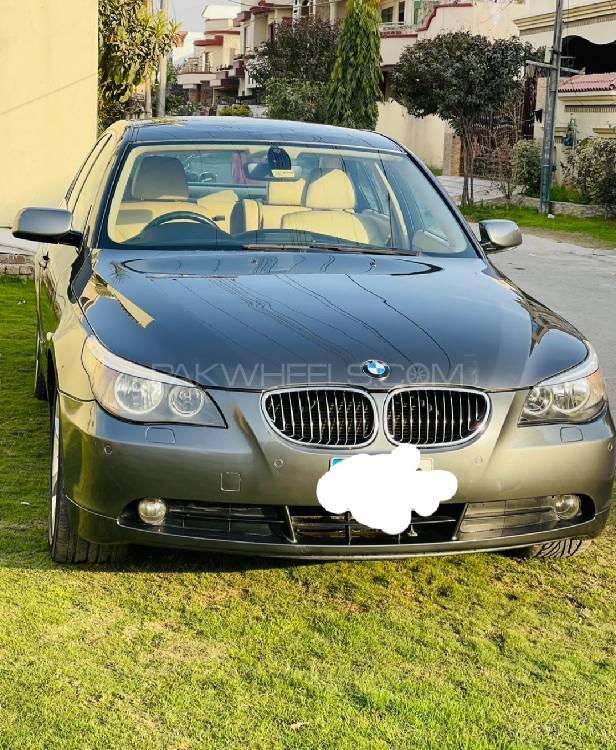BMW 5 Series 525i 2004 Image-1