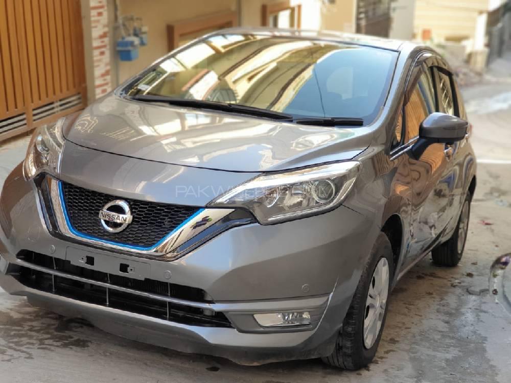 Nissan Note MEDALIST 2017 Image-1