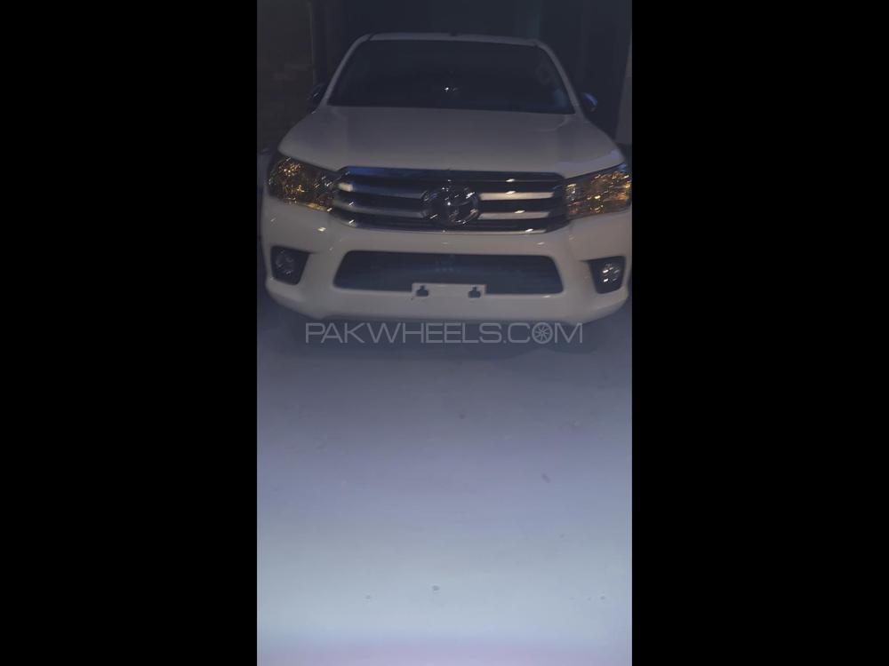 Toyota Hilux Revo G 2.8 2021 Image-1