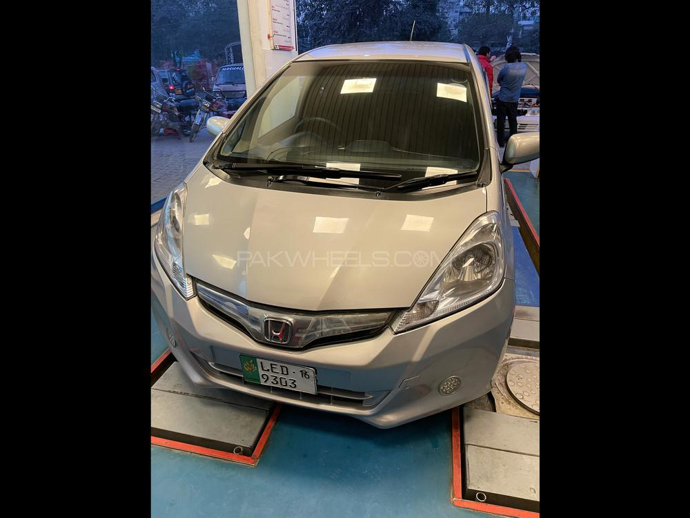 Honda Fit 13G F Package 2016 Image-1