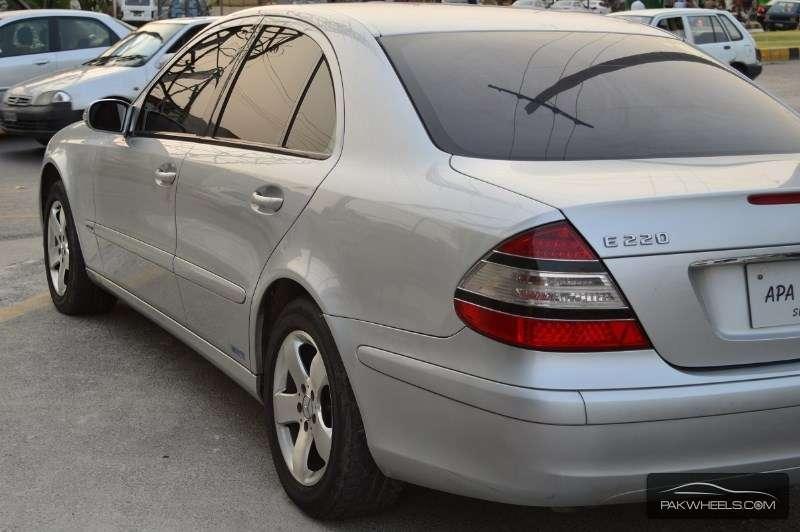 Mercedes benz e class e220 cdi 2003 for sale in lahore for 2003 mercedes benz e class