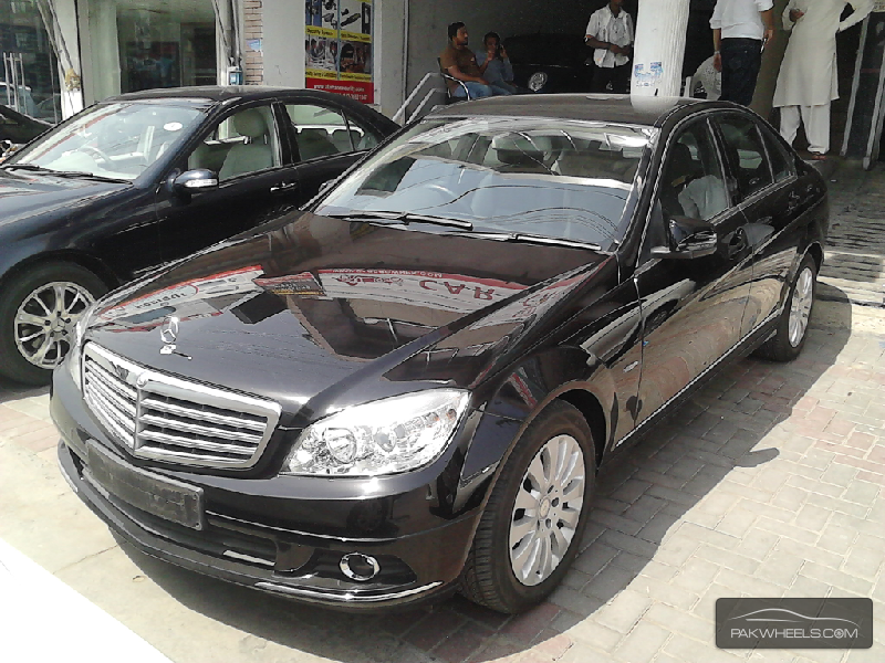 Mercedes benz c class c250 2010 for sale in lahore pakwheels for 2010 mercedes benz c250