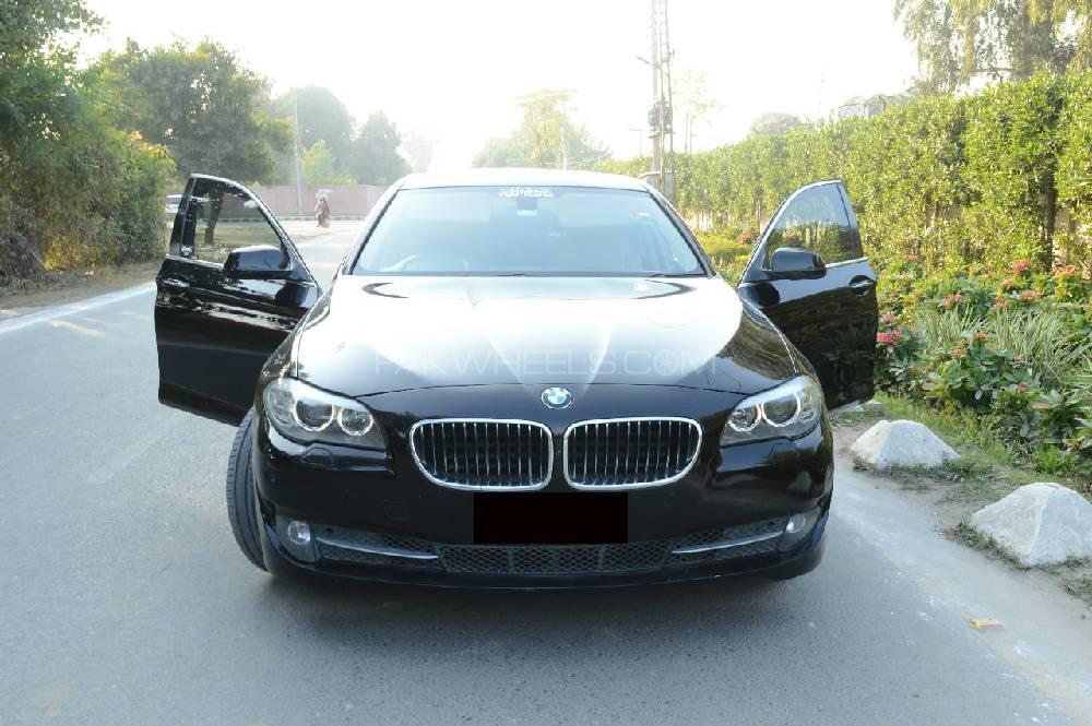 BMW 5 Series 520d 2012 Image-1