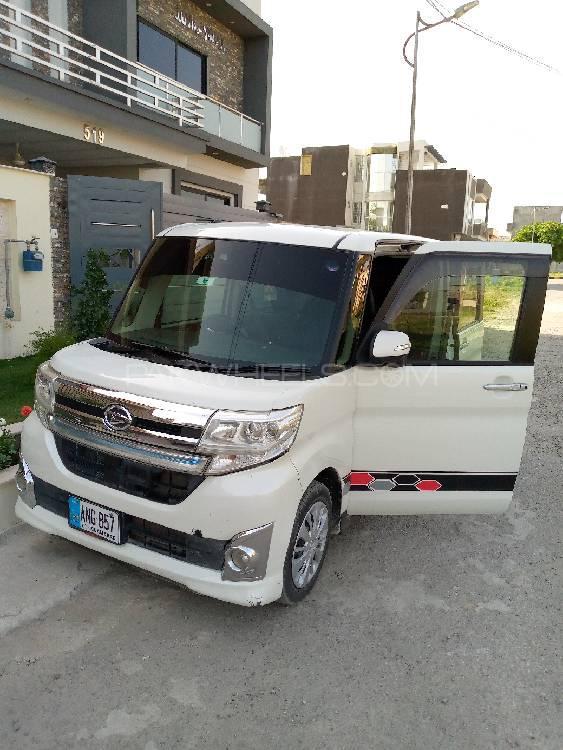 Daihatsu Tanto Custom X 2015 Image-1
