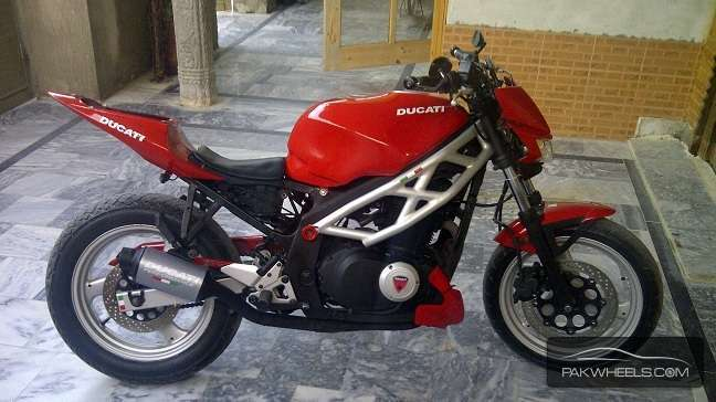 used suzuki gs500e 2000 bike for sale in wah cantt. Black Bedroom Furniture Sets. Home Design Ideas