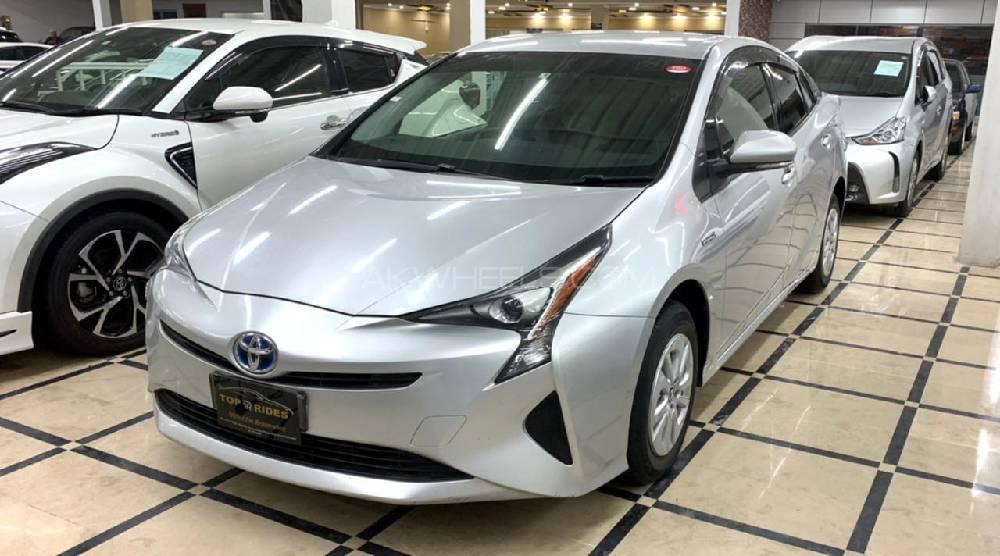 Toyota Prius S Touring Selection 2017 Image-1