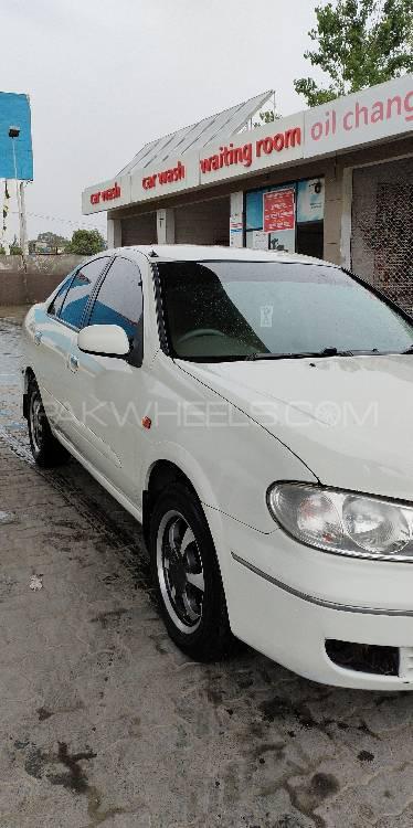 Nissan Sunny EX Saloon Automatic 1.3 2005 Image-1