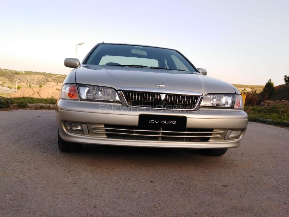 Nissan Sunny 2003 Image-1