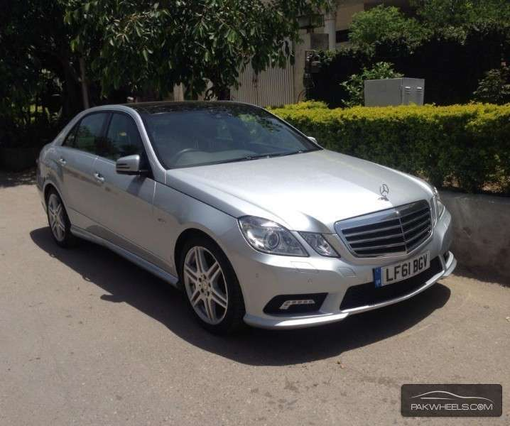 mercedes benz e class e250 2011 for sale in islamabad pakwheels. Black Bedroom Furniture Sets. Home Design Ideas