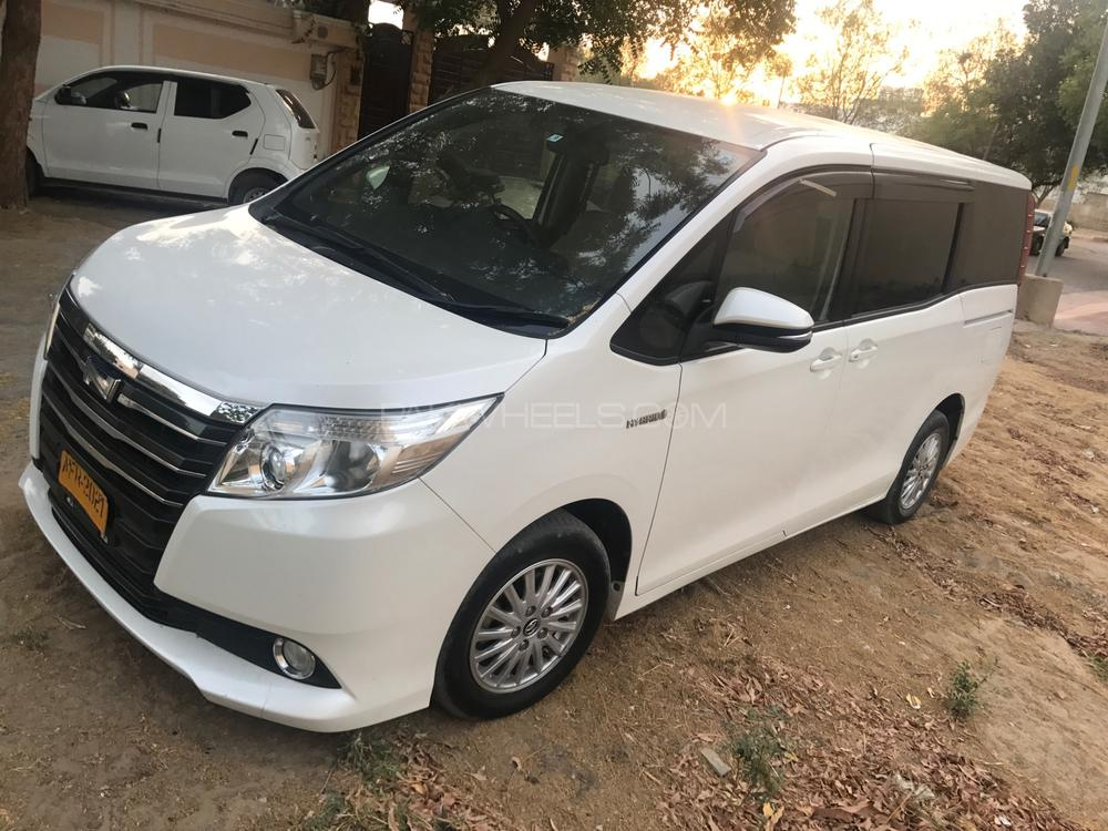 Toyota Noah X SPECIAL EDITION 2016 Image-1