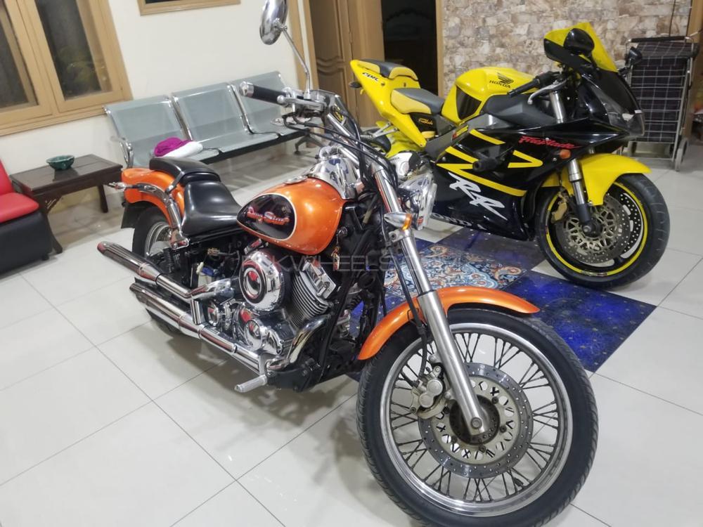 Yamaha V Star Classic 2004 Image-1