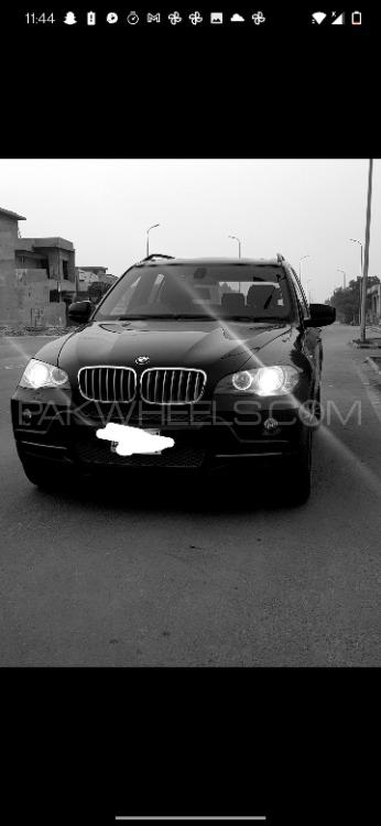 BMW X5 Series 2010 Image-1