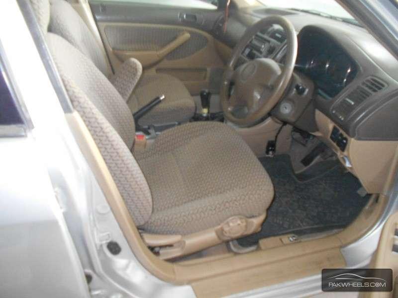 Honda Civic VTi Oriel 1.6 2005 Image-3