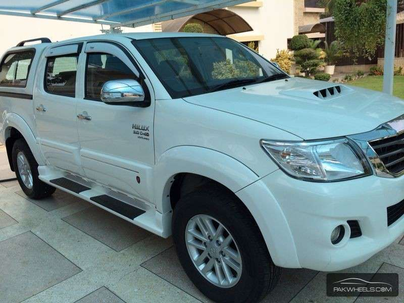 Volkswagen Amarok also Ford Everest 2016 Front Evolution Bumper additionally Products likewise Ford Ranger Px Dual Cab Silver 64947 moreover Toyota 4runner 2. on toyota 4x4 parts