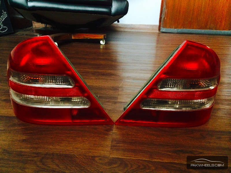 Mercedes Benz C Class C200 W203 Tail Lights 2001 To 2007