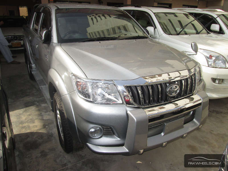 2013 Toyota Hilux Vigo Champ Prices In Pakistan Cars New Cars   Apps
