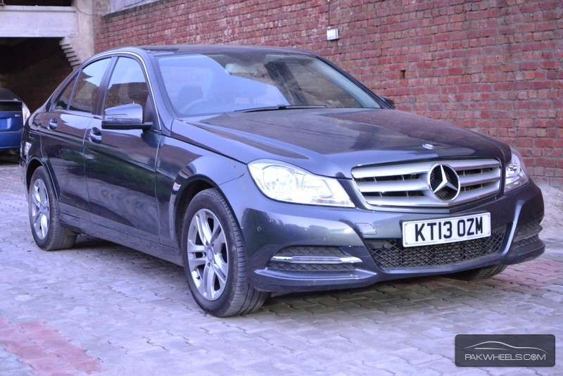 Used mercedes benz c class c 180 cdi 2013 car for sale in for Mercedes benz c class used cars for sale