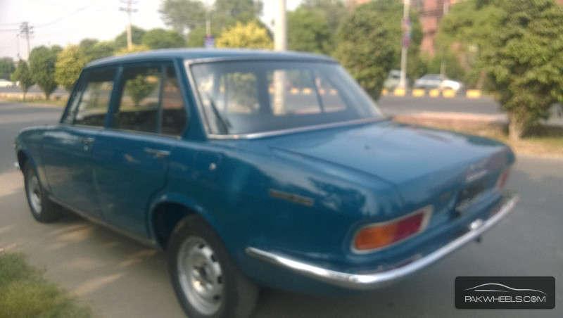 Mazda Luce 1970 Image-5